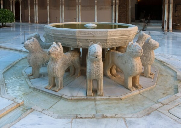 Marmol Blanco Macael-Patio Leones Alhambra