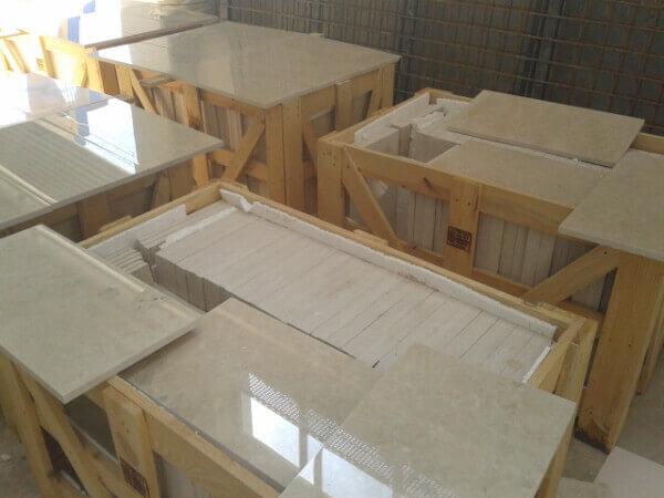 Inspeccion de losas de marmo para control de calidad en fabrica